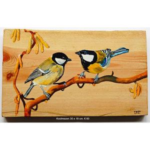 Koolmezen op hout 30 x 28 cm.