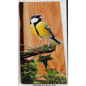 Koolmeesje op hout 20 x 35 cm.